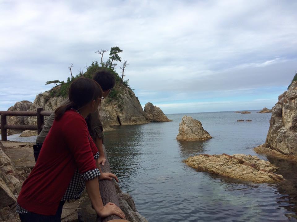 観光中の鳥取大学の学生さんと山陰海岸ジオパークの植物調査