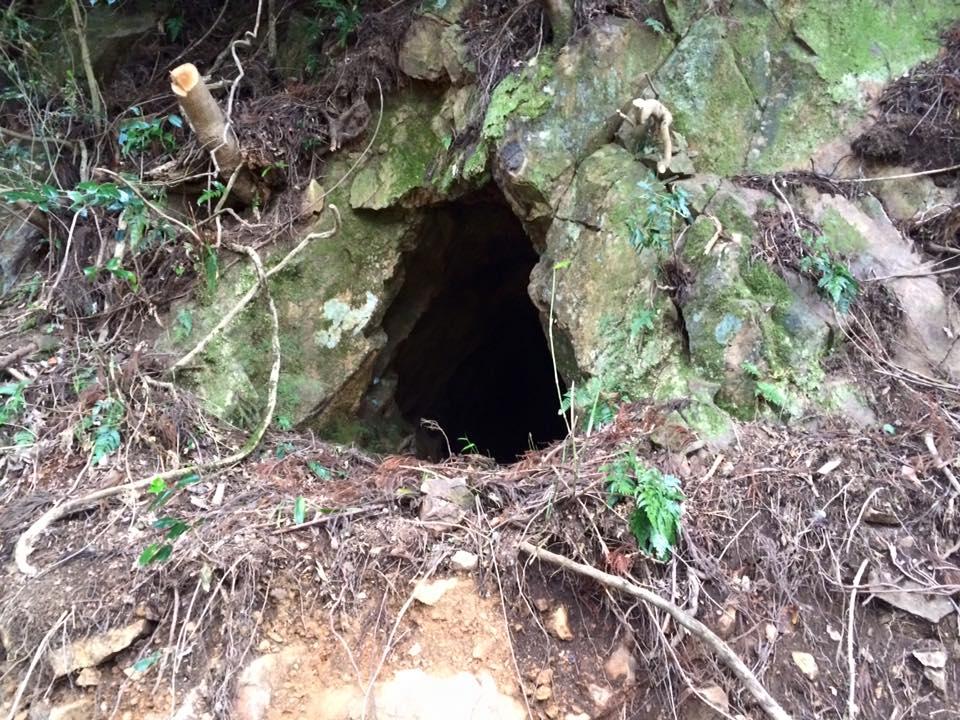 馬場の洞窟