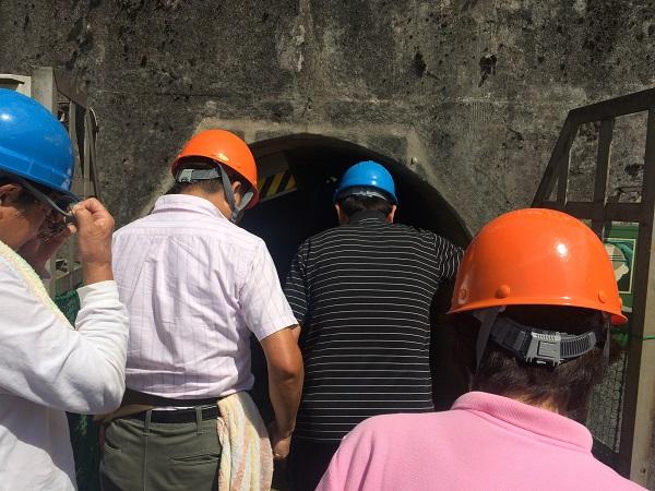 日本最古の鉱山である旧岩美鉱山に入り歴史と環境を学びました