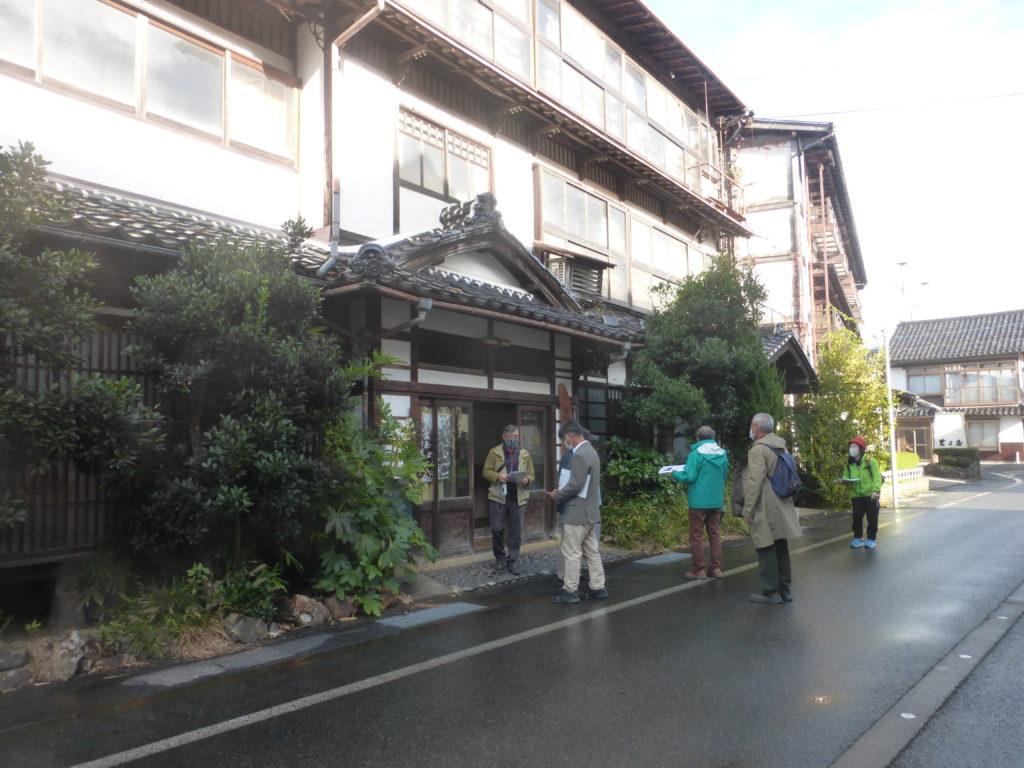 地元のガイドに学ぶ岩井まち歩き〜岩井温泉街の見所と歴史
