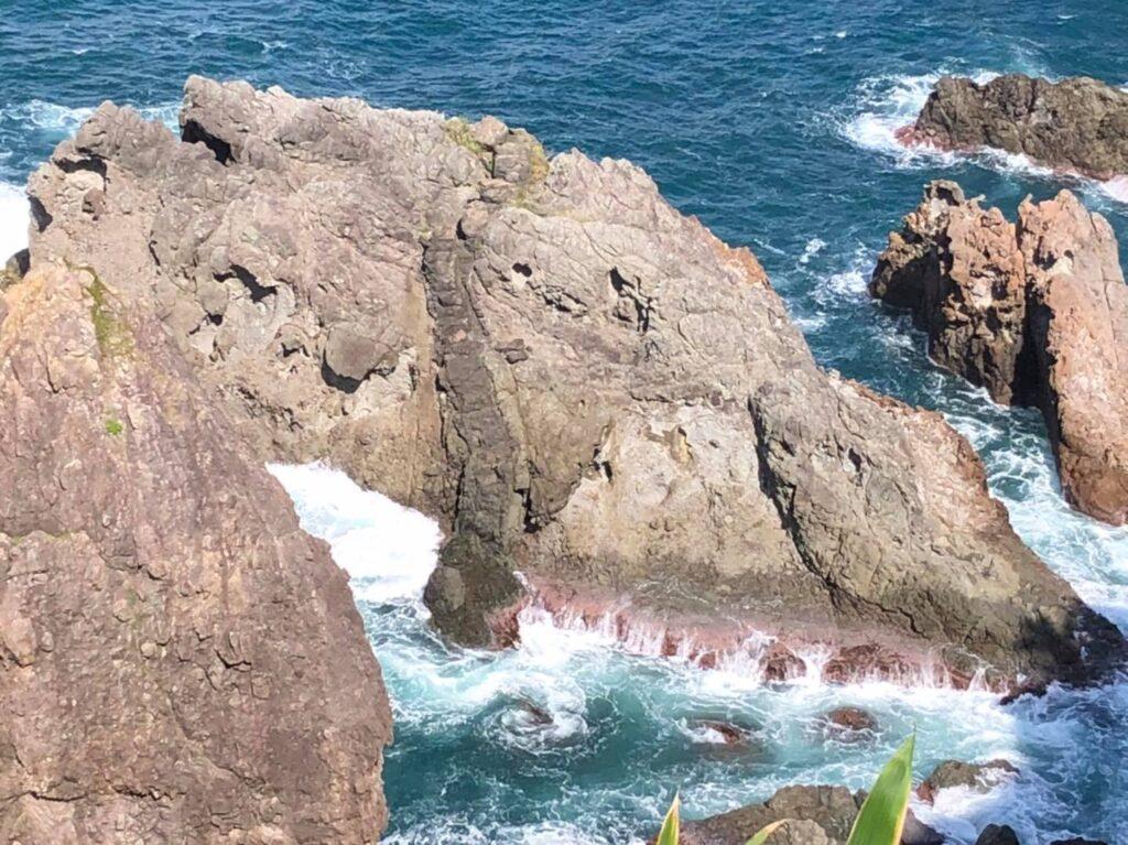 龍神洞岩脈