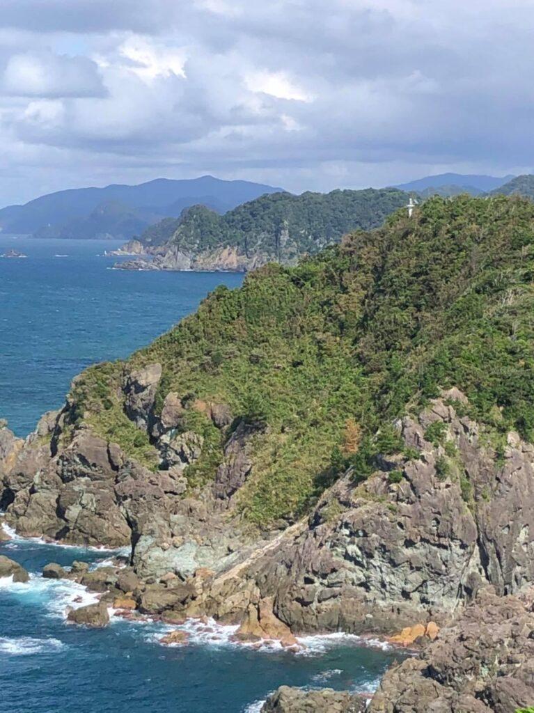 龍神岬から陸上